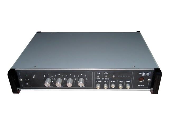 NF zesilovač stereo
