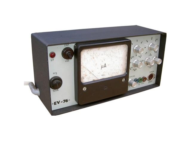 elektronkovyvoltmetr